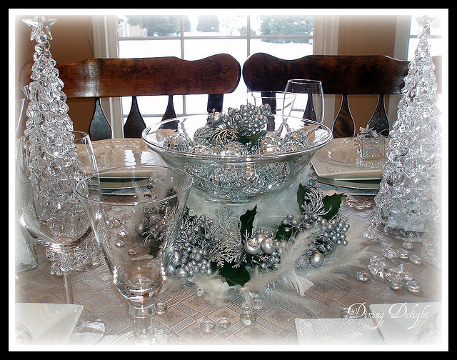 Silver Sparkle and Ice Christmas Tablescape