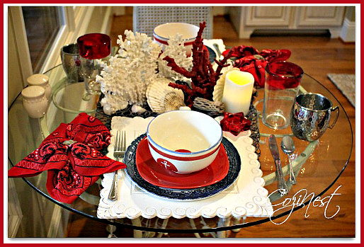 Red & White Coral Christmas Tablescape Idea
