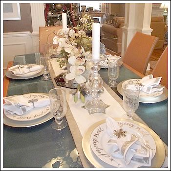 Silver and Champagne Gold Christmas Tablescape Image