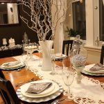 A Silver Contemporary Christmas Tablescape Idea