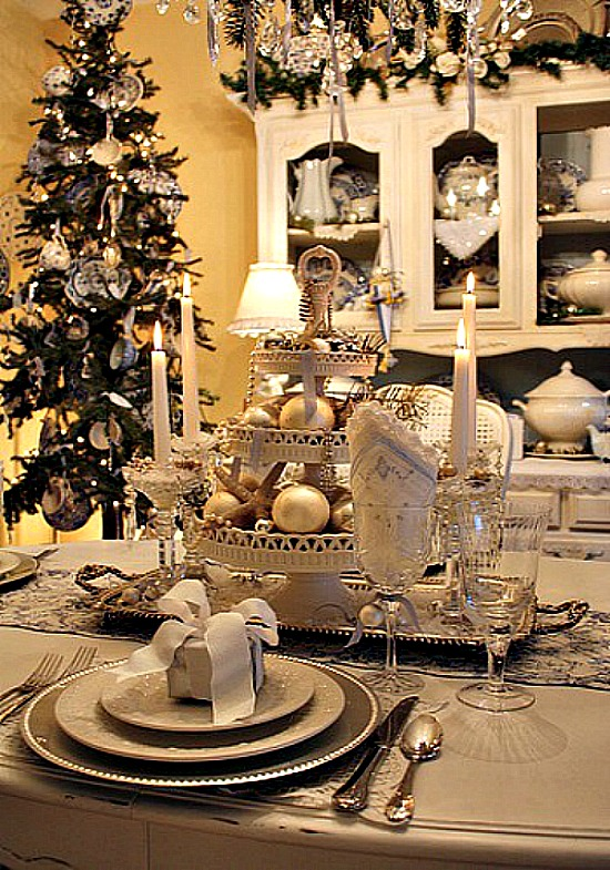 Seashell Christmas Tablescape