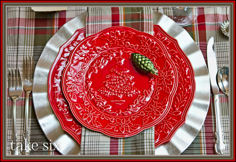 Red & White Table Setting Ideas for a Rustic Plaid ...